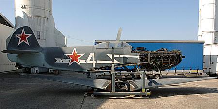Démontage et retrait du Yakovlev Yak 3