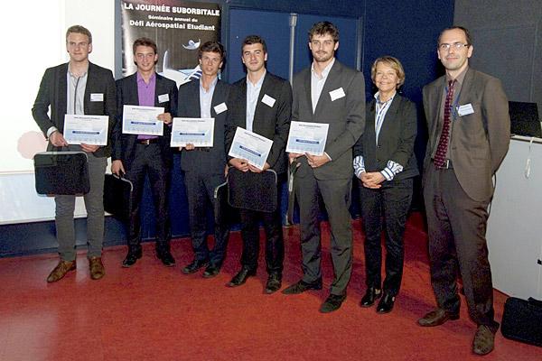 7e journ�e suborbitale du D�fi A�rospatial Etudiant : prix sp�cial des Partenaires pour l'�quipe Arts & O'Space de l'ENSAM d'Angers