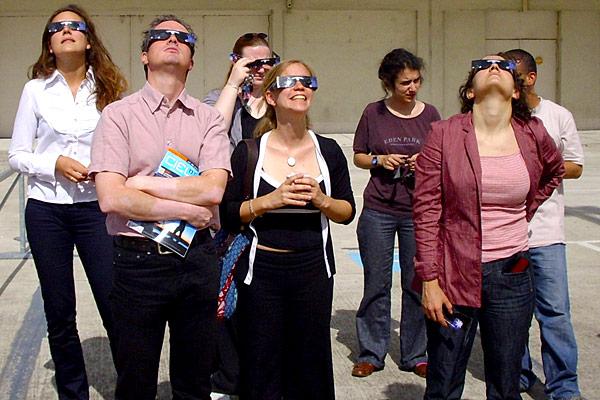 eclipse-lunettes